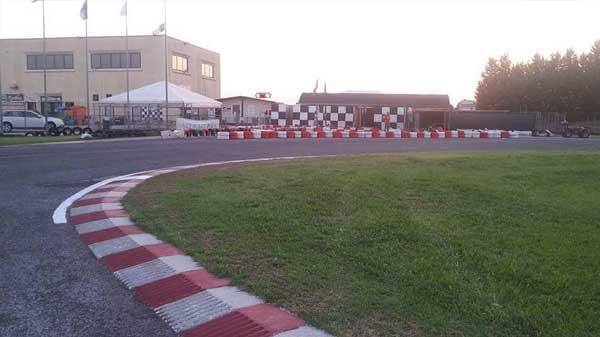 Foto-principale-pista-karting-arcobaleno2